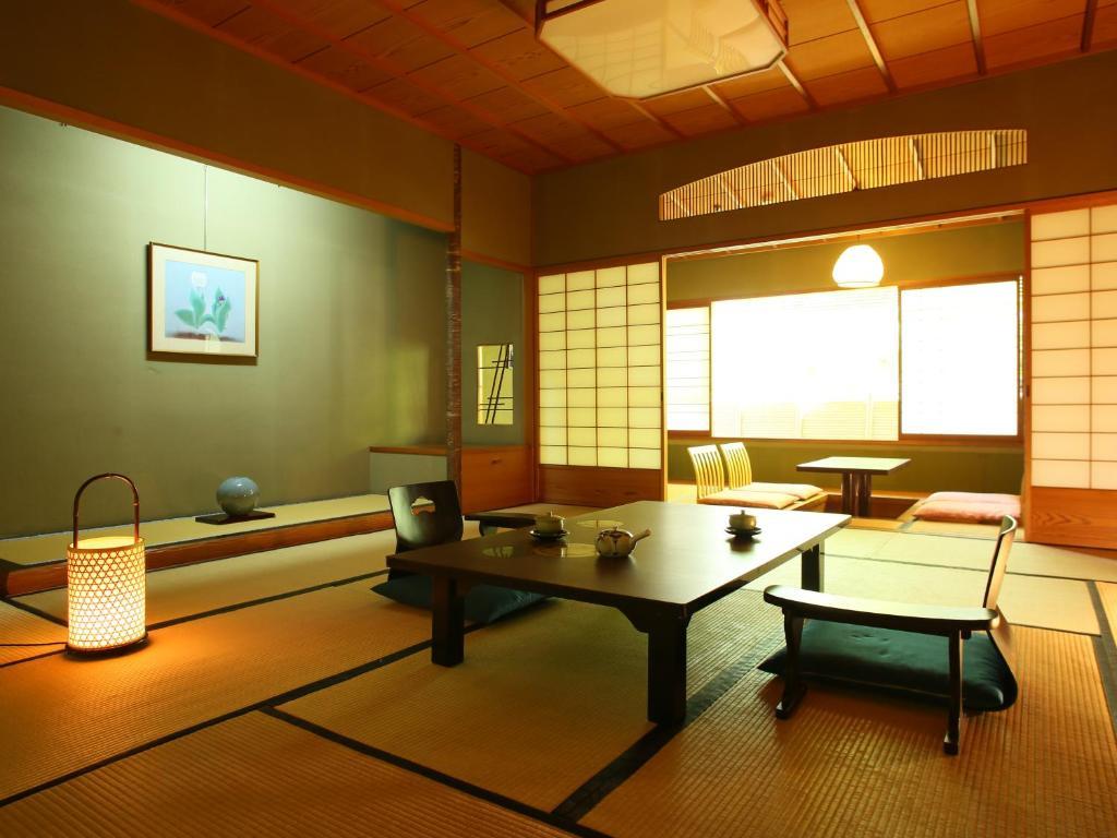ポイント3.日本の伝統を感じる和室の数々