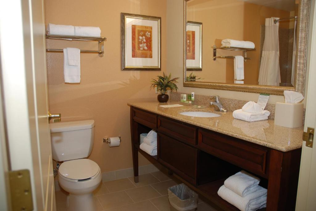 Country Inn & Suites by Radisson, Lexington Park (Patuxent River ...