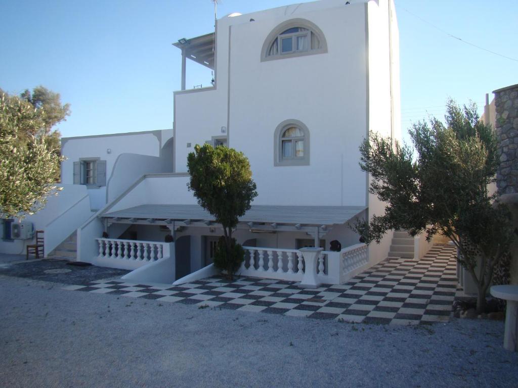 Недвижимость в Лаганас у моря