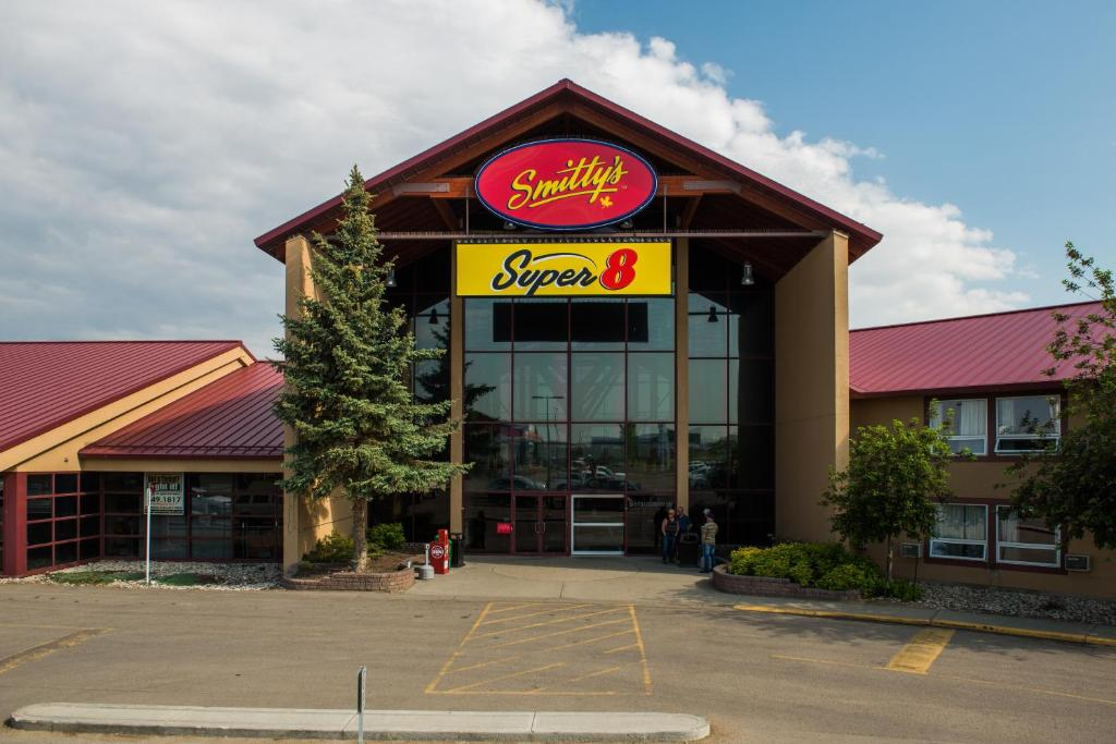 Hotel Super 8 by Wyndham Sherwood Park/Edmonton Area, Canada ... on piney point mobile home park, holly forest mobile home park, reedy creek mobile home park, hayden island mobile home park, holly hills mobile home park,