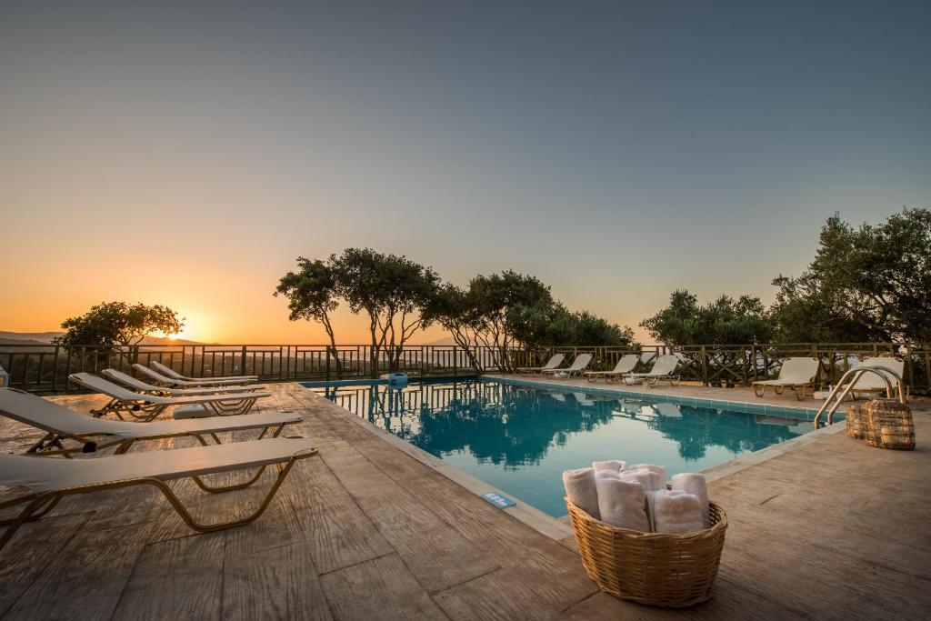 Der Swimmingpool an oder in der Nähe von Lofos Soilis