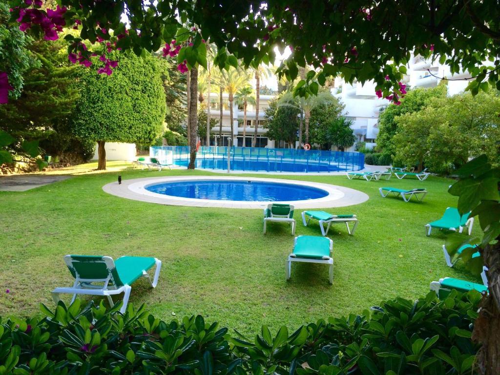 Apartment Jardines Del Mar, Marbella, Spain - Booking.com