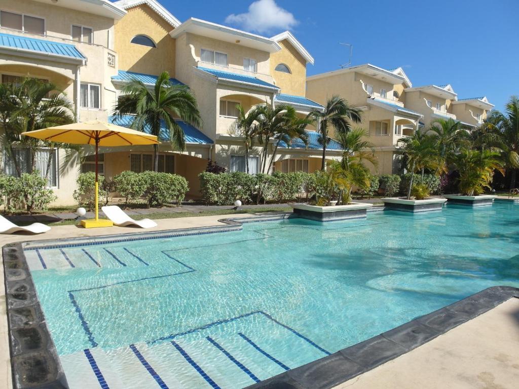 Little venice villas flic en flac mauritius for Campement a flic en flac avec piscine