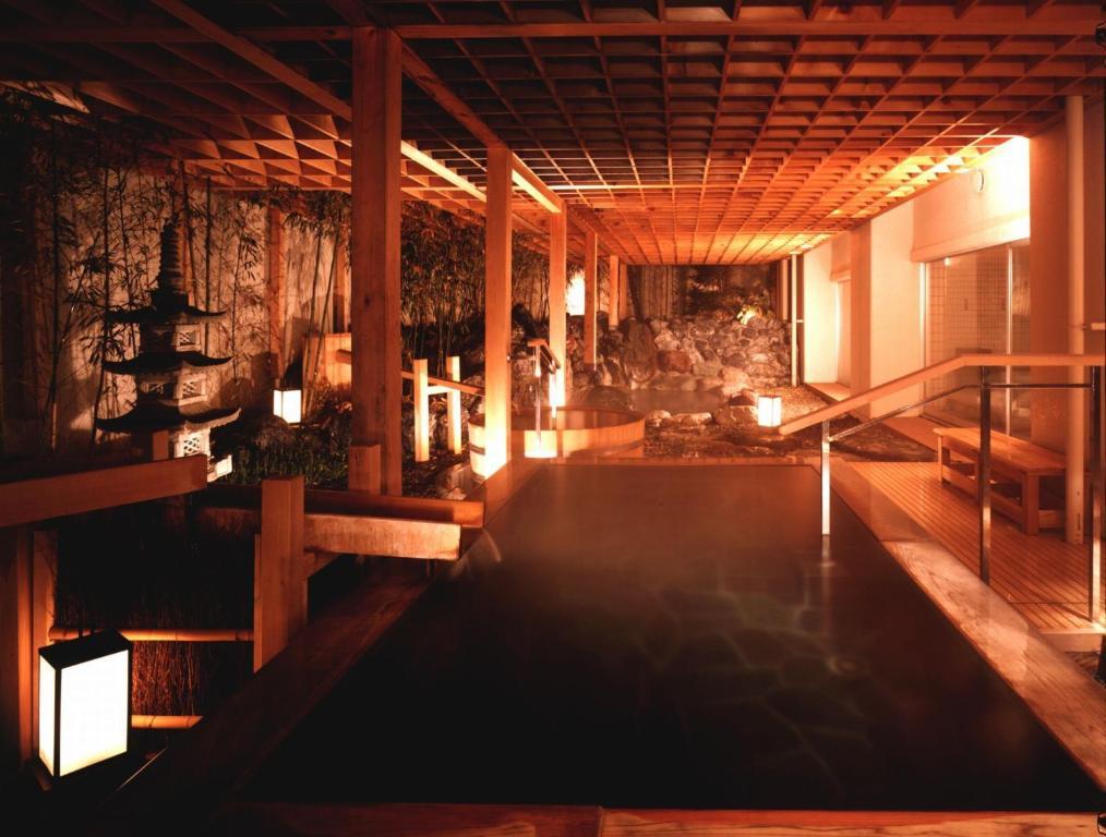 ポイント3.湯めぐりも楽しめる温泉大浴場