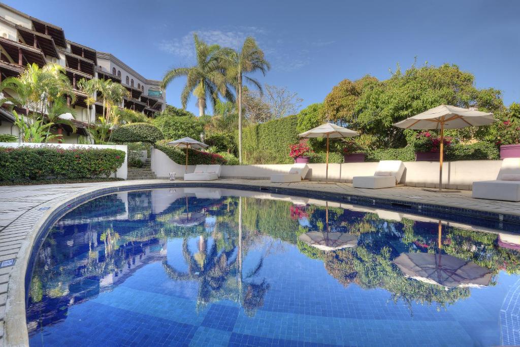 The swimming pool at or near Hotel Alta Las Palomas