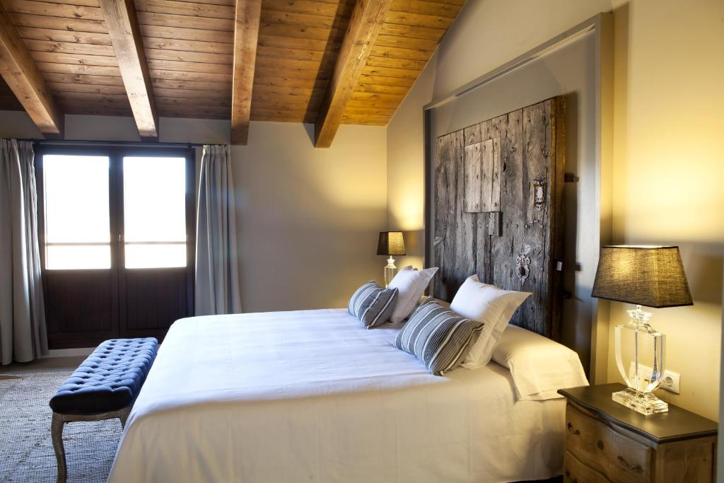 boutique hotels in mosqueruela  10