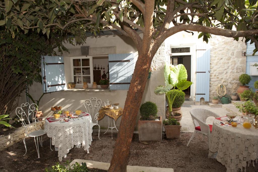 Affordable la maison du peintre en provence mallemort for Acheter maison salon de provence