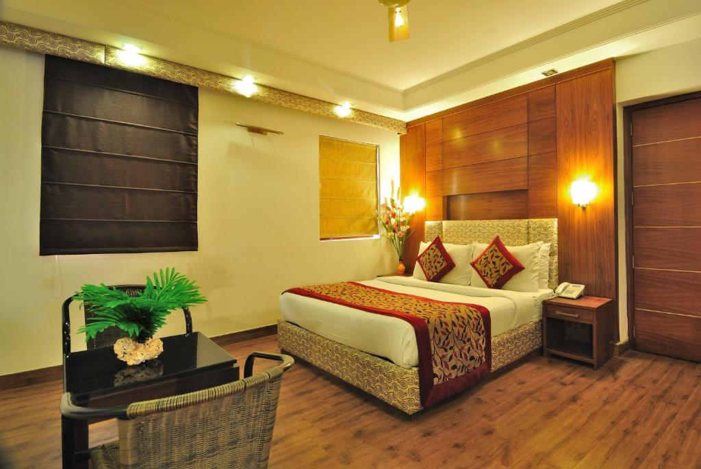 Hotel Krishna Residency @ Dwarka New Delhi India - Booking