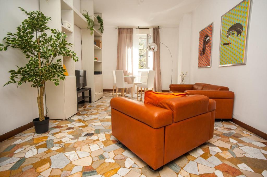 The vintage apartment italia milano booking