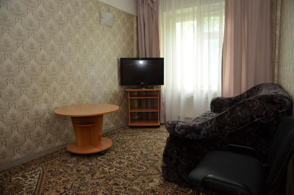 Саит гостиницы в аэропорту емельяново