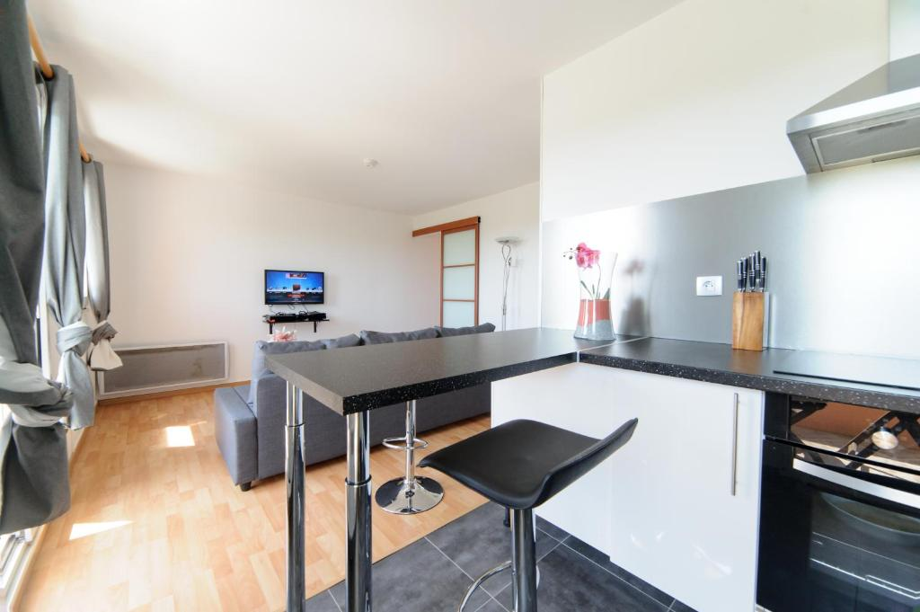 Apartments In Neuilly-sur-marne Ile De France