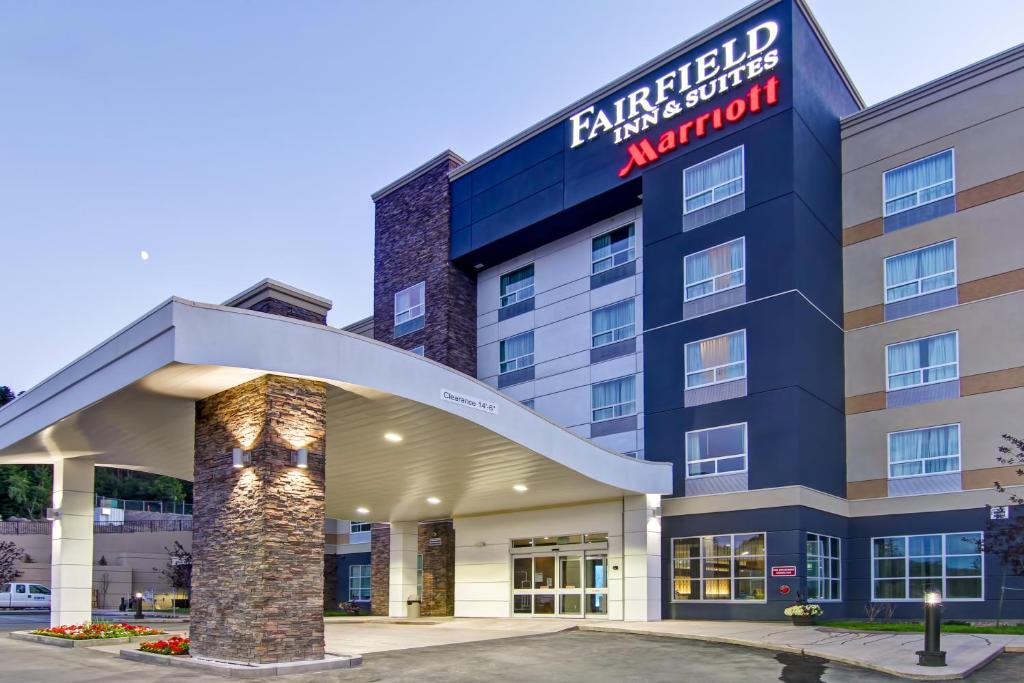 Fairfield Inn & Suites by Marriott Fairfield Napa Valley in Fairfield on lantoitramof.cf and earn Rewards nights. Collect 10 nights get 1 free*. Read 97 genuine guest reviews for Fairfield Inn & Suites by Marriott Fairfield Napa Valley/5(97).