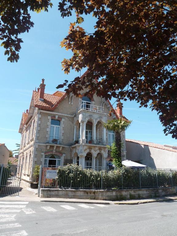 Chambres D Hotes L Insulaire Saint Denis D'oleron Tarifs 2019