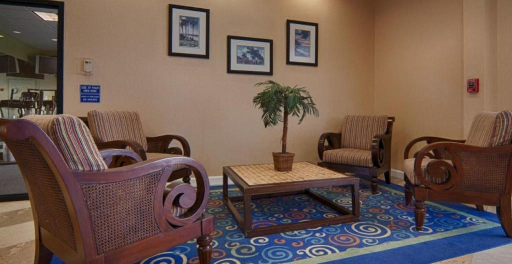 The Inn at Boynton Beach FL Bookingcom