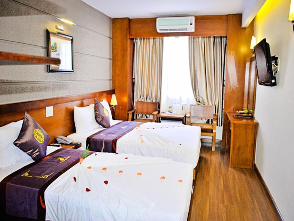 Barcelona отель вьетнам нячанг