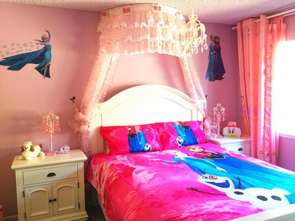 Vacation Home Princess Dream House Anaheim Ca Booking Com