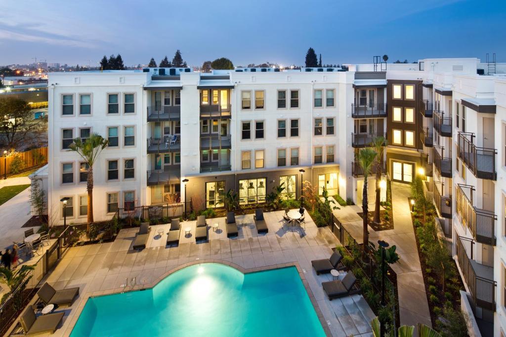 Oakwood Redwood City Usa Deals
