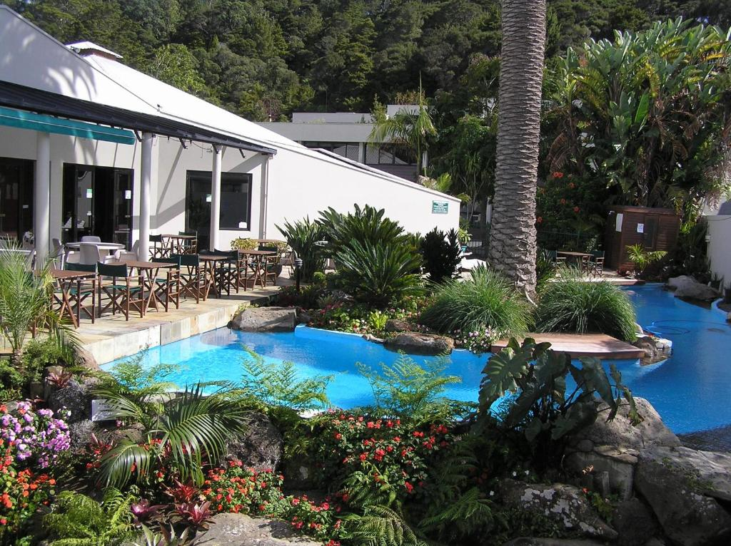A view of the pool at Paihia Pacific Resort Hotel or nearby