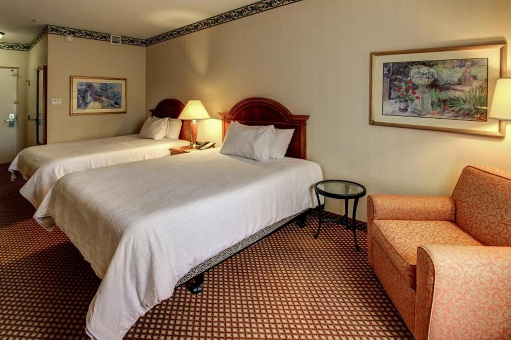 gallery image of this property - Hilton Garden Inn Williamsburg