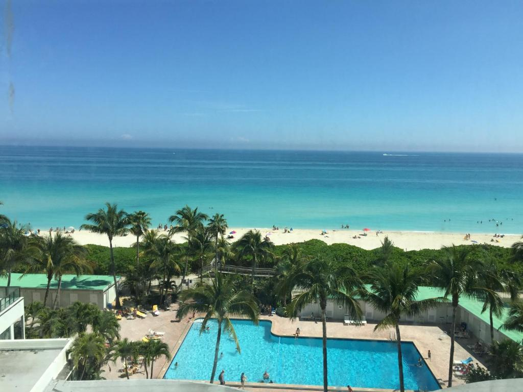 Ocean View Apartment in Miami Beach, FL - Booking.com