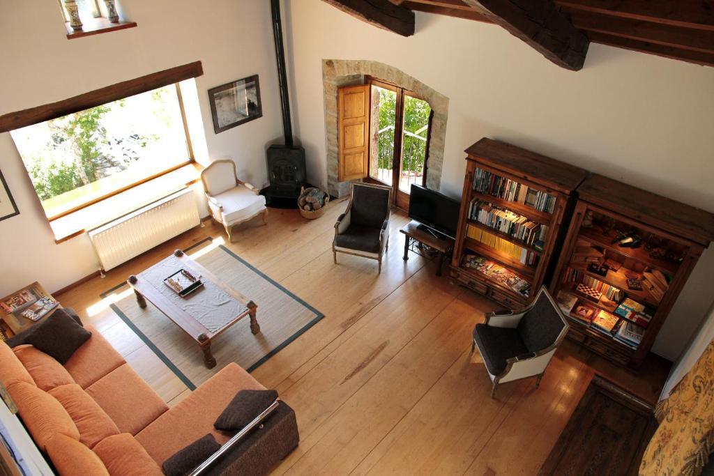 Hotel cerca : Casa Grande Del Acebal