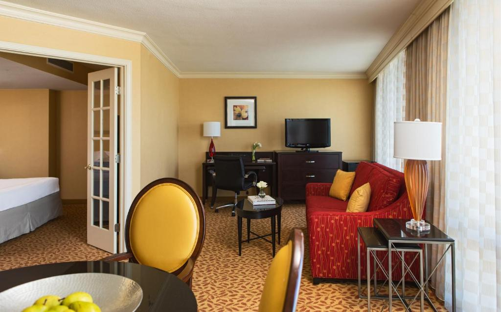 Chicago Marriott Oak Brook USA Rooms