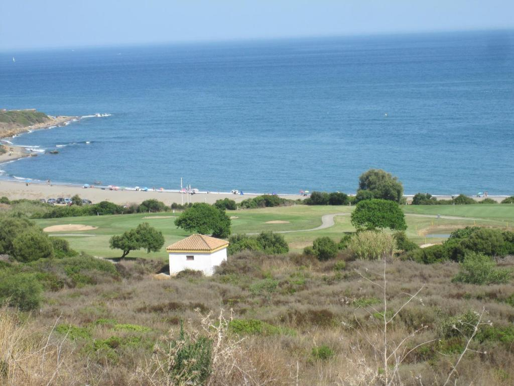 gran imagen de Alcaidesa Suites Golf Garden