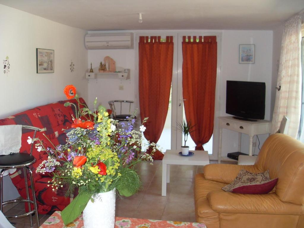 Apartments In Saint-christol-lès-alès Languedoc-roussillon