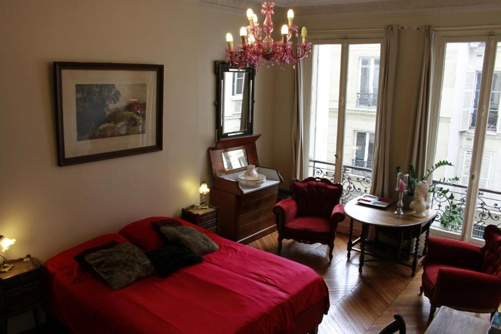 Bed and Breakfast A Room in Paris