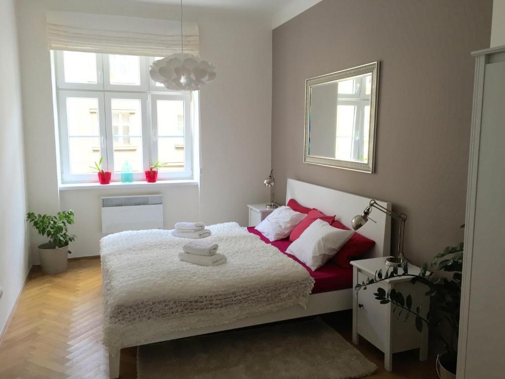 Hotel Room Design Ideas That Blend Aesthetics With: Design Apartments In Pilsen (Tschechien Pilsen)
