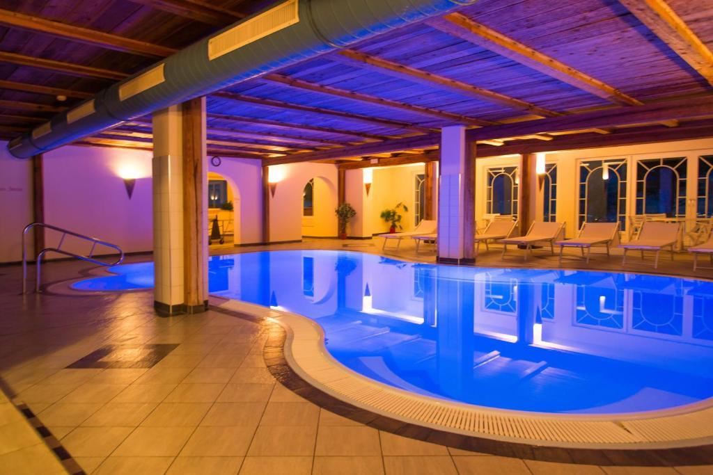 Nearby hotel : Appartement- und Wellnesshotel Winkler