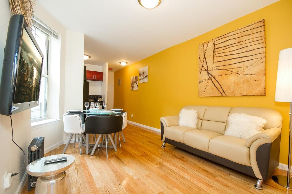 Apartment stunning two bedroom in the heart of the city - Two bedroom apartment new york city ...