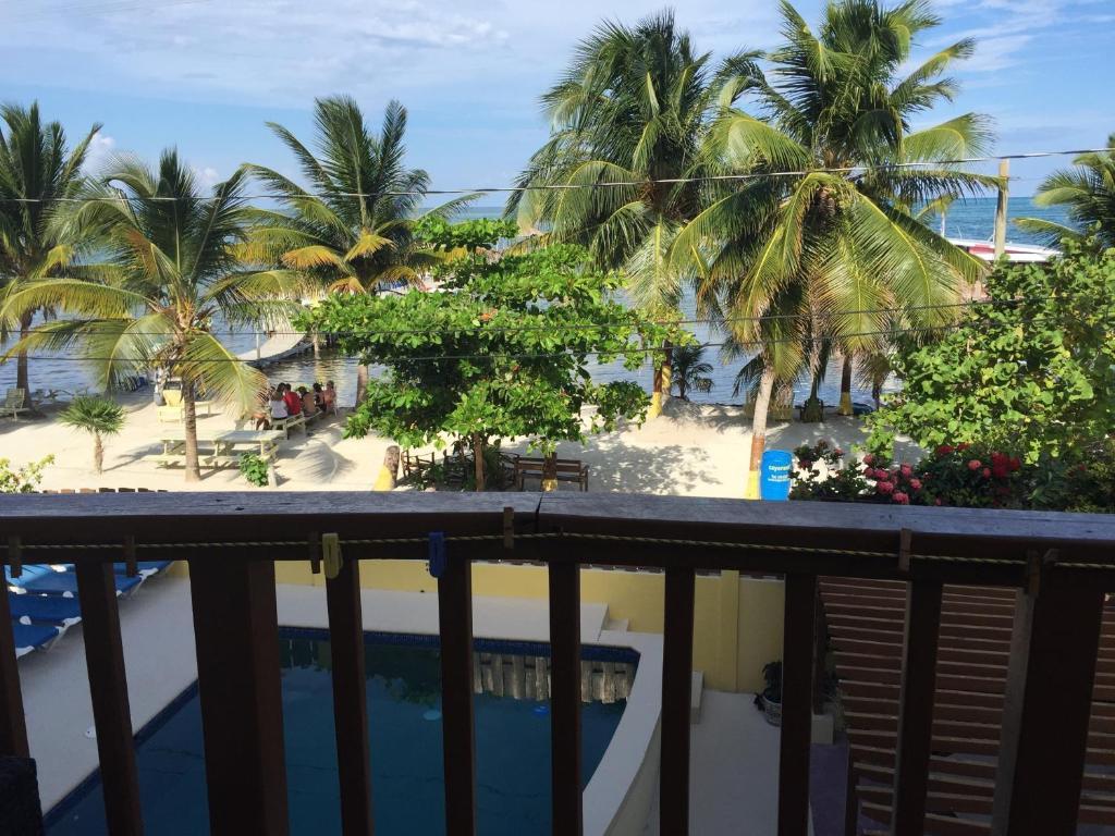 Caye reef condos, caye caulker, belize   booking.com