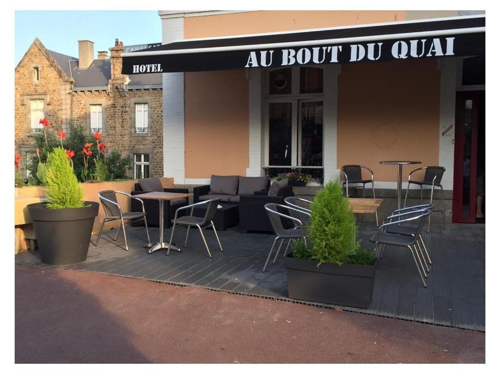 Hotel Au Bout Du Quai Granville France Booking Com