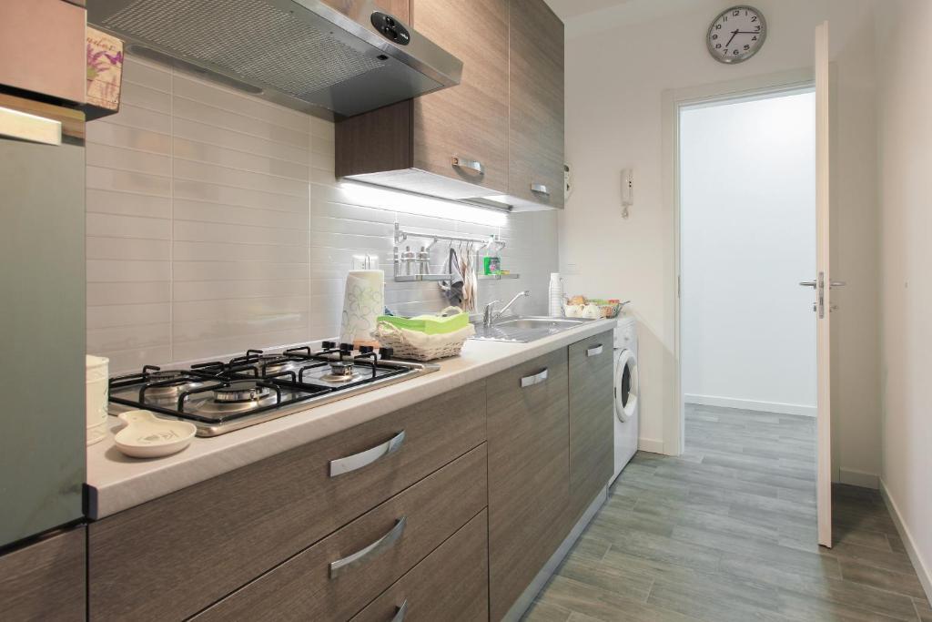 Appartamento moderno trilocale italia sesto san giovanni for Foto appartamenti moderni
