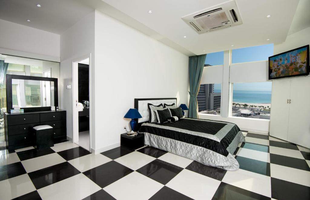 Living Room Kuwait bravo royal hotel suites, kuwait, kuwait - booking