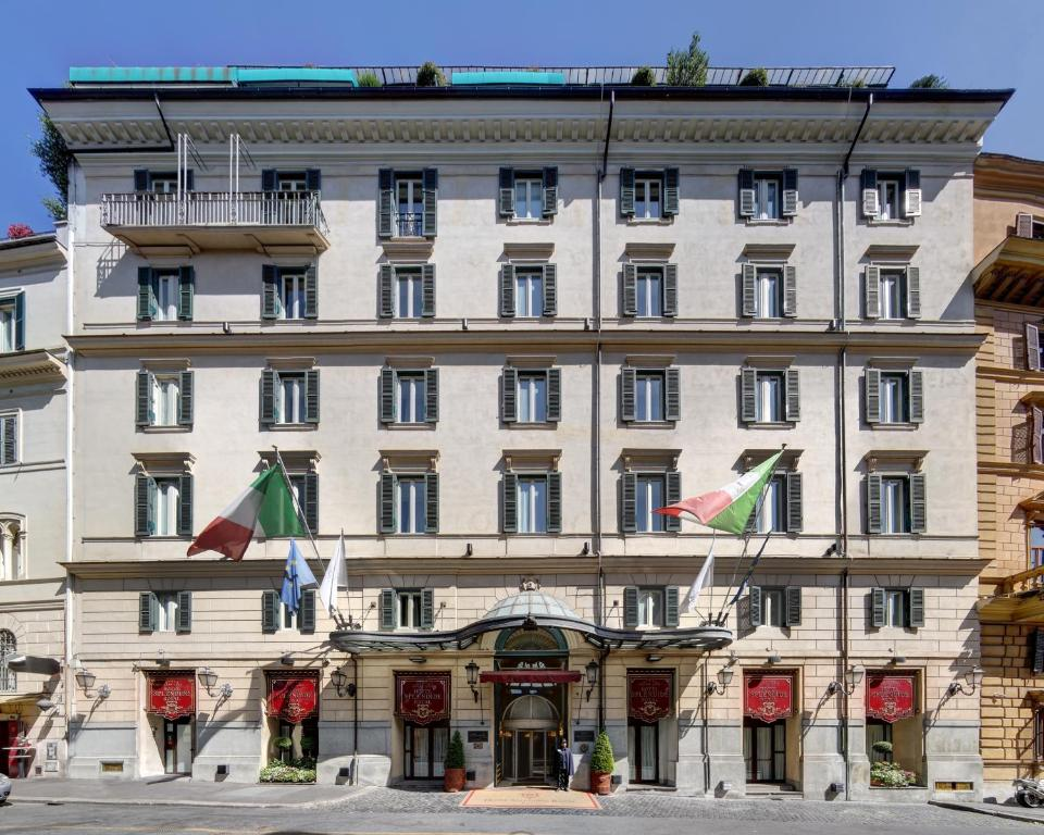 Hotel splendide royal rome italy for Small luxury inns