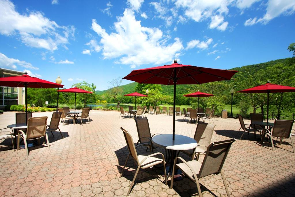 Honors Haven Resort & Spa, Ellenville, NY - Booking.com