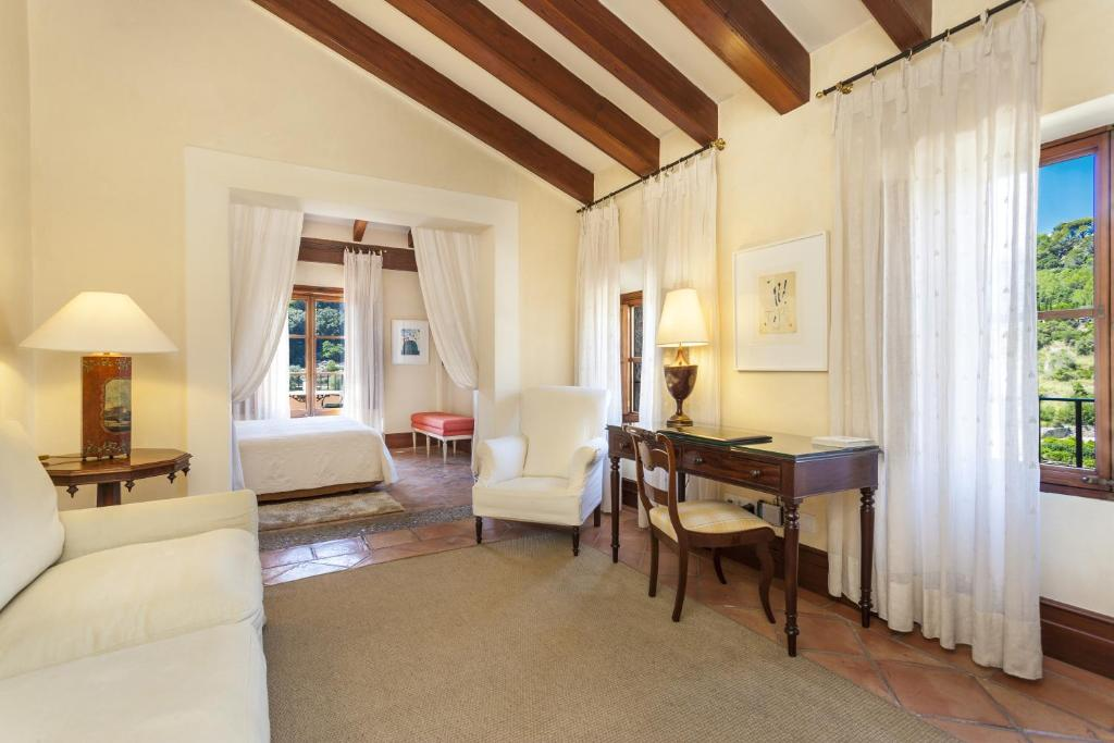boutique hotels valldemossa  37