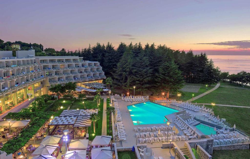 hotel laguna mediteran pore croatia