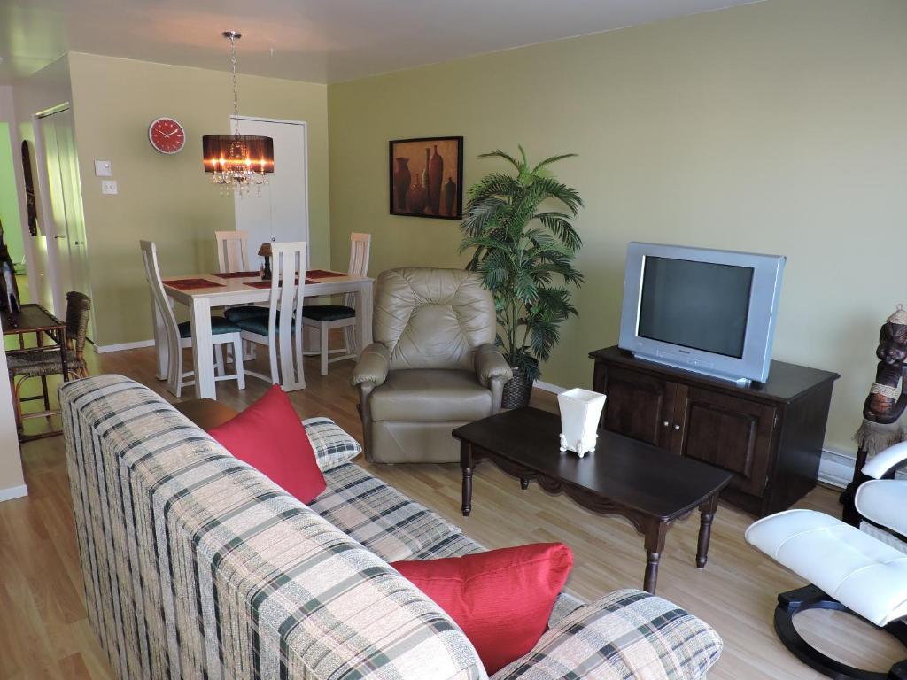 Apartments In Riviere Eternite Quebec