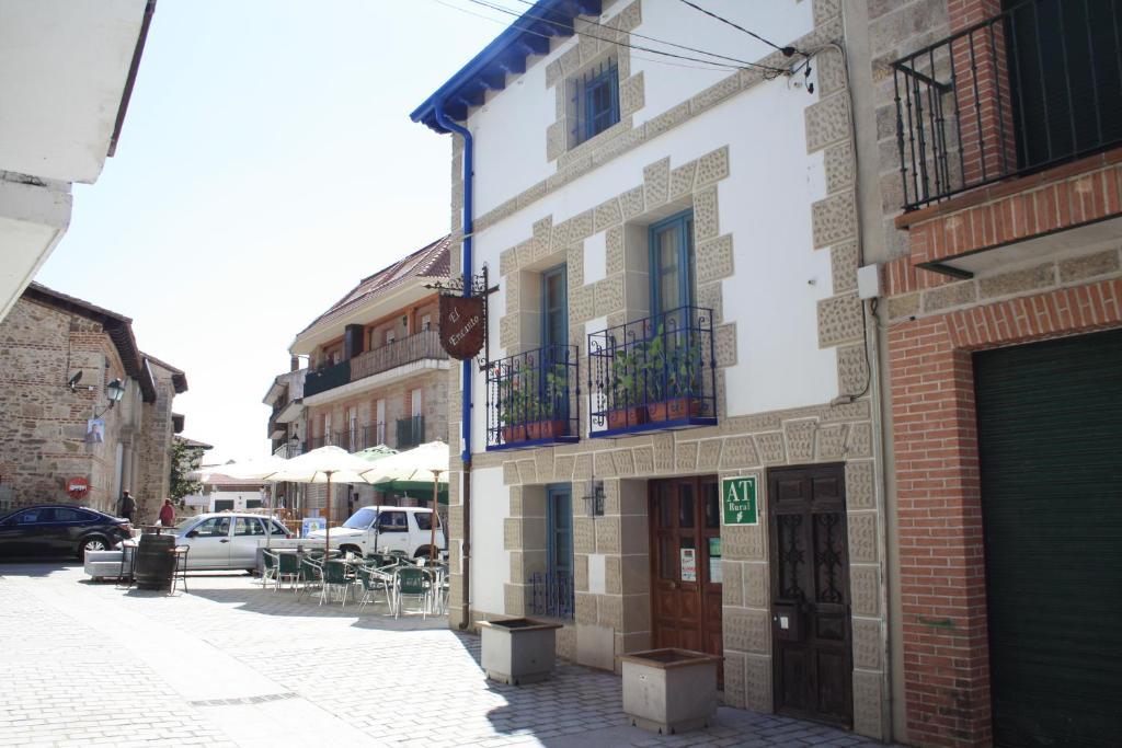 Apartments In El Berrueco Community Of Madrid