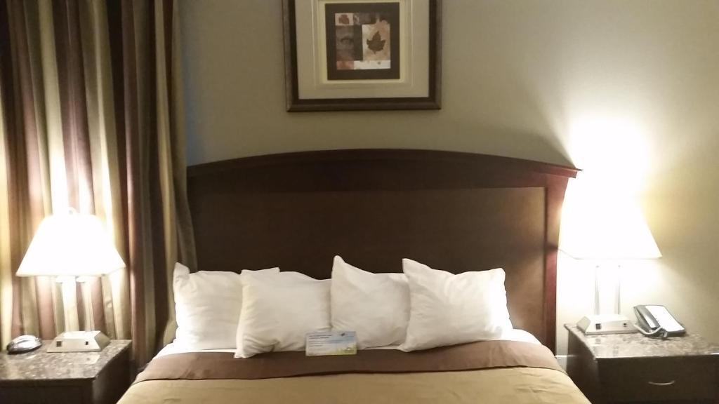 Days Inn U0026 Suites By Wyndham Anaheim Resort, Anaheim U2013 Updated 2018 Prices