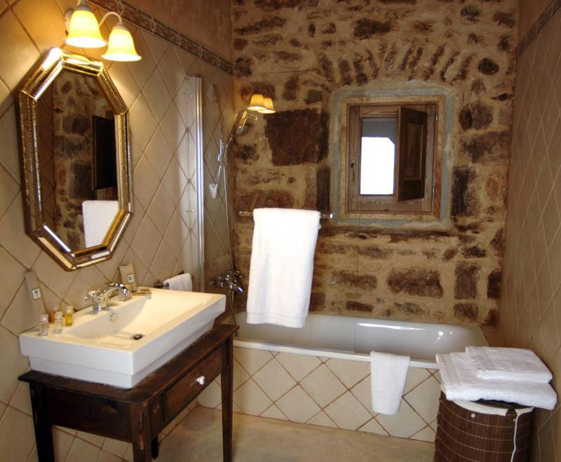 boutique hotels in cardona  25