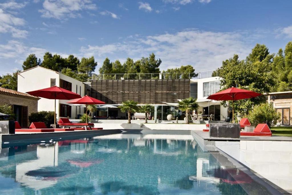 Design luxe villa house balinaise aix en provence france