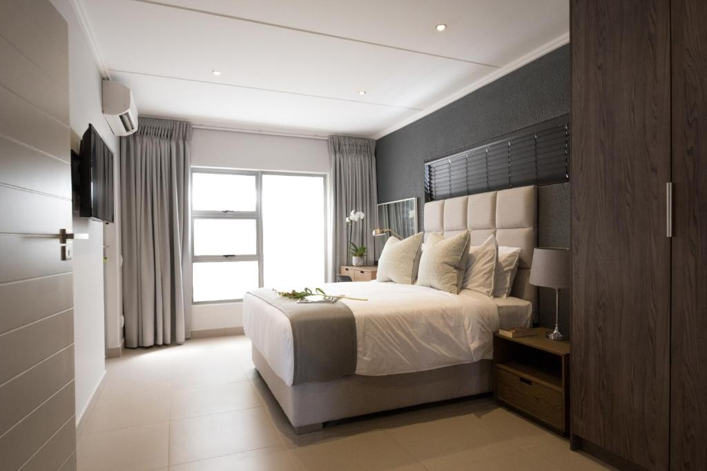 Apartment insignia lifestyle johannesburg south africa for Beautiful bedroom designs in south africa