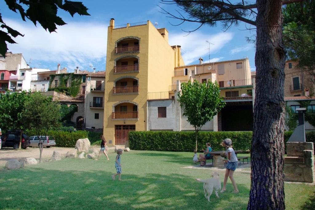 Apartments In Maçanet De Cabrenys Catalonia
