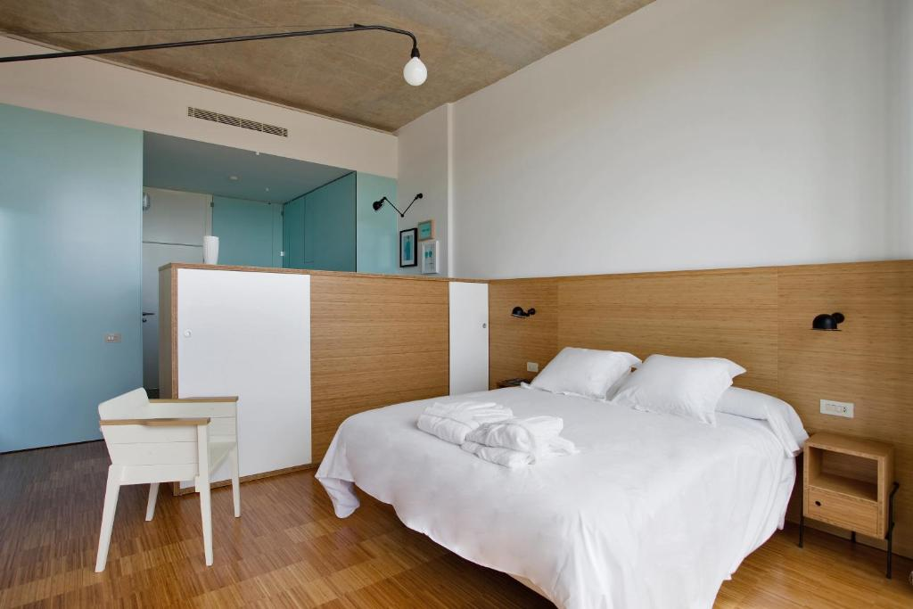 boutique hotels in entrena  10