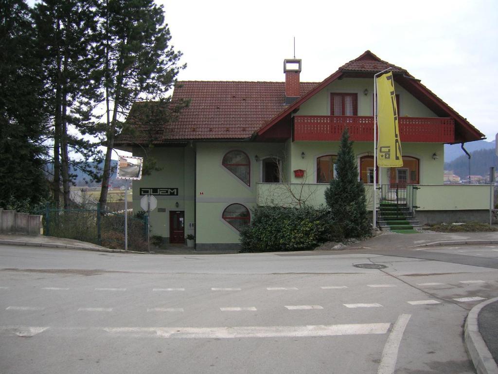 Apartments Sport Haus Duem, Medvode, Slovenia - Booking.com