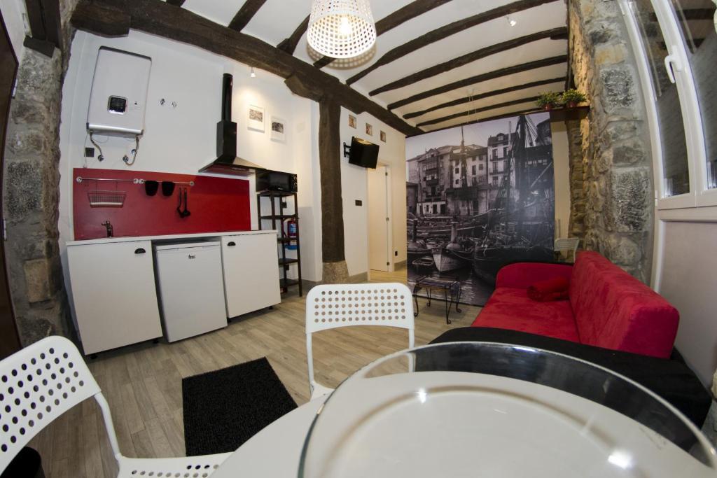 gran imagen de Andra Mari Apartamentu Turistikoak